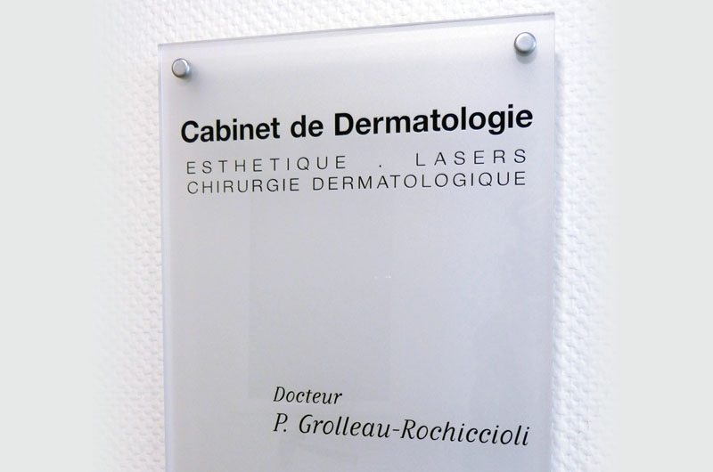 Cabinet 05
