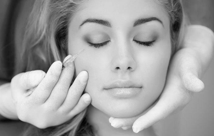 Remodelage du visage par acide hyaluronique