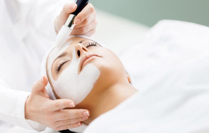 Peelings à Toulouse par le Dr Grolleau dermatologue